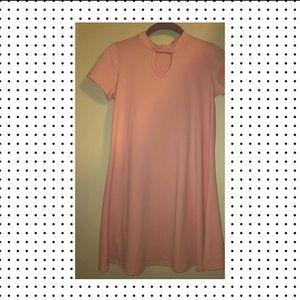 Dresses & Skirts - Tjmaxx Pink flow mini dress